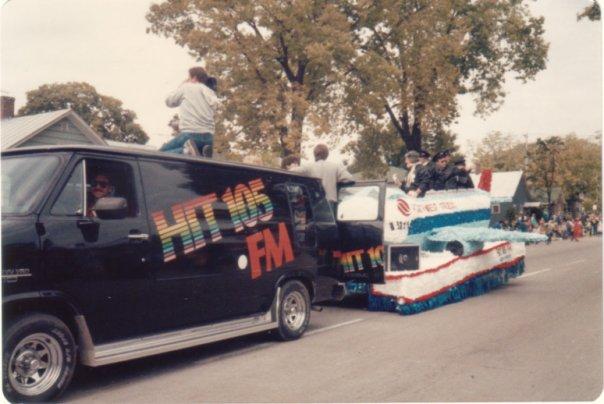 hit-105-oktoberfest-parade
